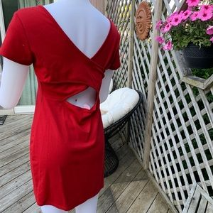 Dresses - Red short sleeve dress